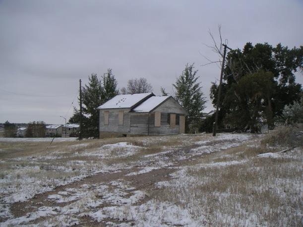 A secondary farmhouse next to the bank barn: October, 2009