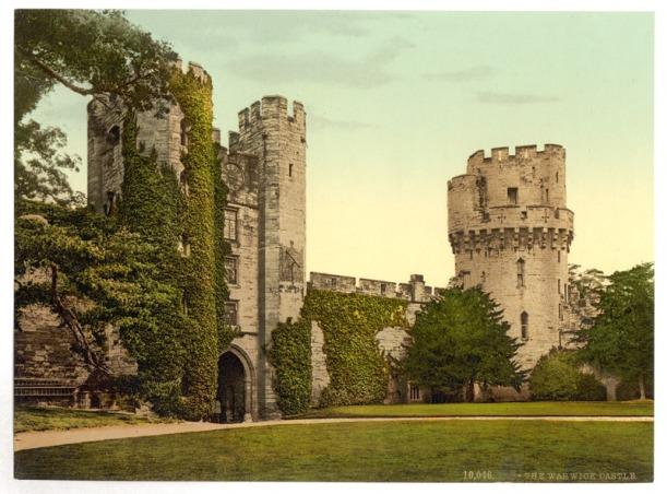 The_castle,_Warwick,_England-LCCN2002708210.tif