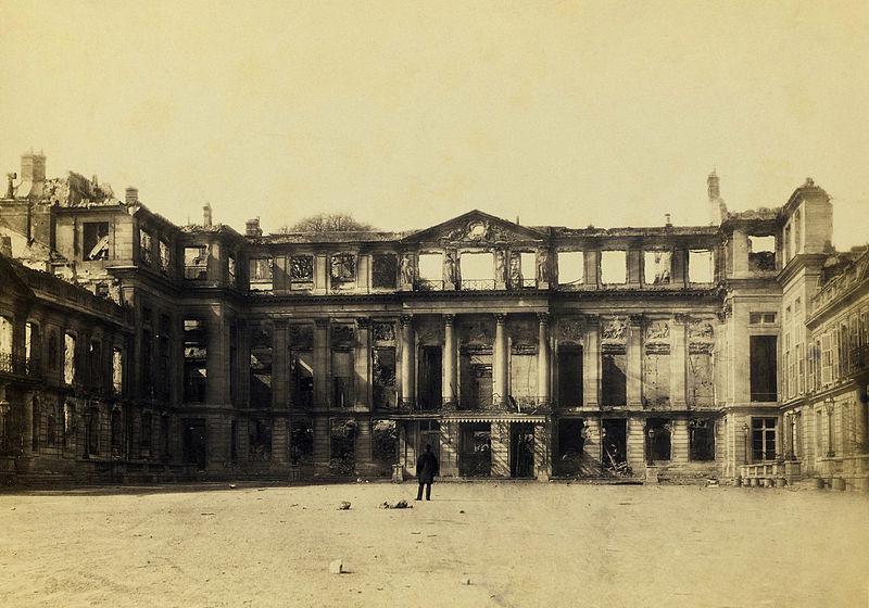 800px-Saint-Cloud,_château_après_1870_-_2
